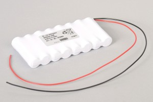 Ni-Cd Akkupack 8VREAA RSK 9,6V / 700mAh (0,7Ah) für Türsteuerungen Reihe im Schrumpfschlauch mit Kabel