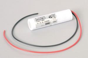 Ni-Cd Akkupack Notlicht Notbeleuchtung 2VNT CS SSK-O 2,4V / 1650mAh (1,65Ah) Säule im Schrumpfschlauch mit Kabel oben