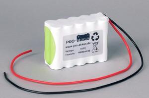 Ni-Mh Akkupack Notlicht Notbeleuchtung 12V / 1600mAh (1,6Ah) F5x2 Reihe mit Kabel