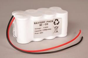 Ni-Cd Akkupack Notlicht Notbeleuchtung 9,6V / 1700mAh (1,7Ah) SC F4x2 Reihe mit Kabel