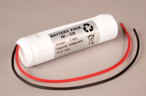 Akkupack Notlicht Notbeleuchtung 2,4V / 2500mAh (2,5Ah) Stabform mit Kabel
