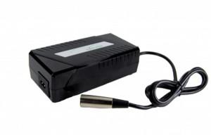 E-Bike Vision Schnellladegerät für POP-Akkus 36V/4A