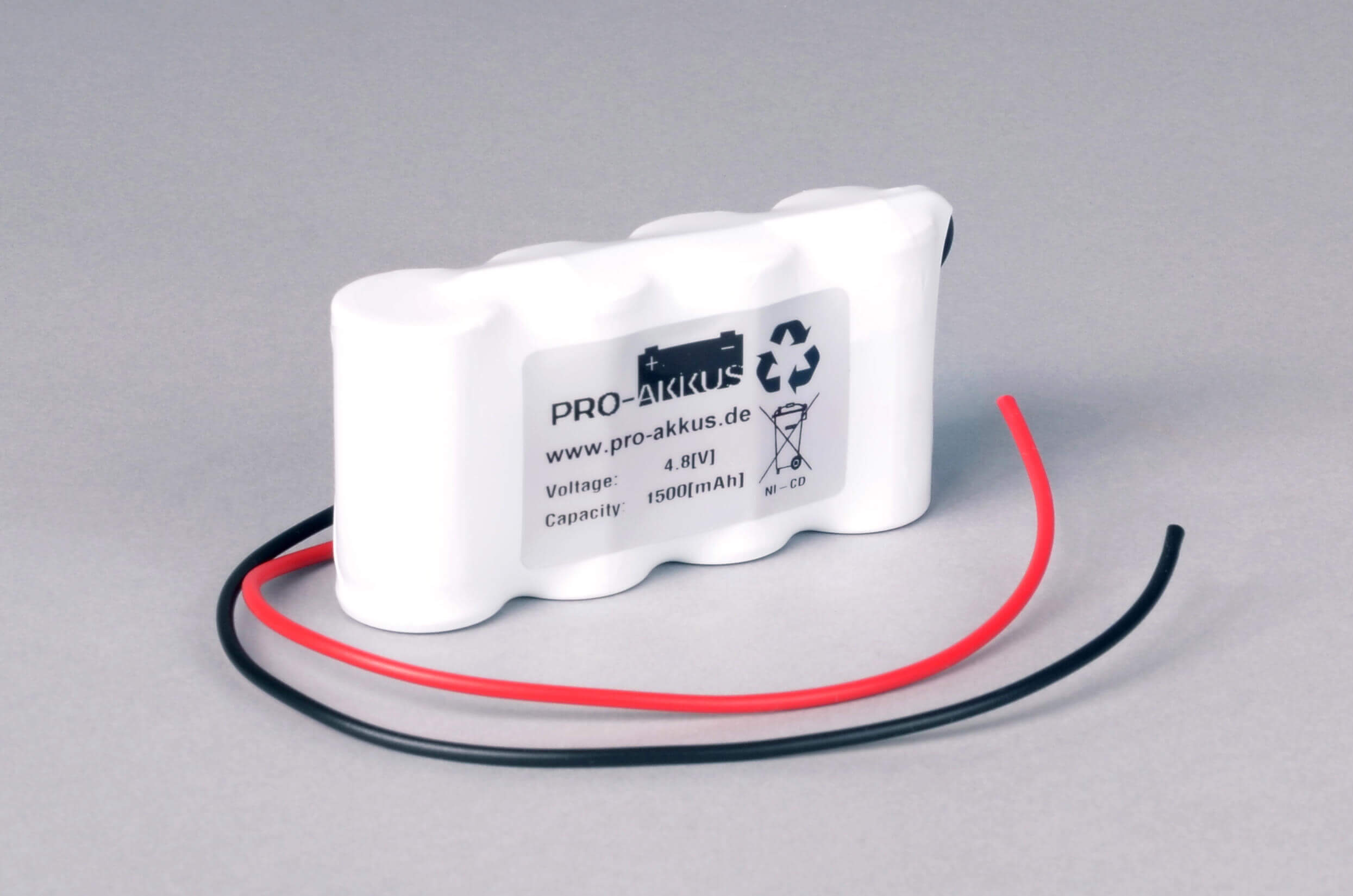 Ni-Cd Akkupack Notlicht Notbeleuchtung 4,8V / 1500mAh (1,5Ah) F4x1 Reihe mit Kabel