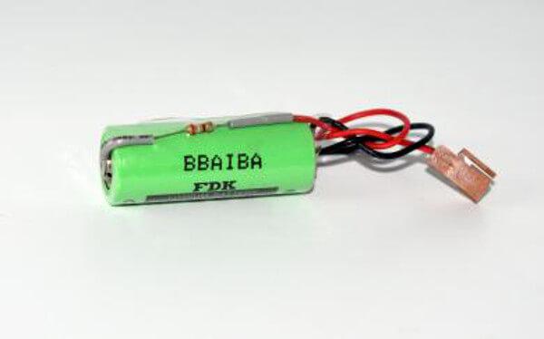 BELA02B-0200-K102 Lithium Spezialbatterie mit Widerstand 3V / 2500mAh für Fanuc CNC Steuerung